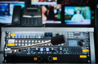 Best Online Video Platform to Broadcast A Live Music Show - production